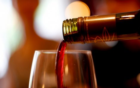 Drinking Alcohol Has No Significant Influence on ALS Risk, European Study Finds